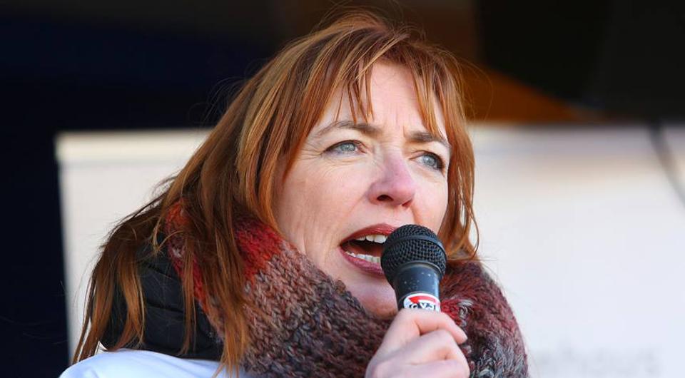 Oberhausen 2018 - One Billion Rising - Redebeitrag Britta Costecki